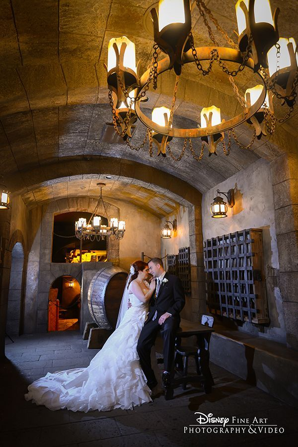 Rule the seas on your wedding day with a portrait session in Pirates ...
