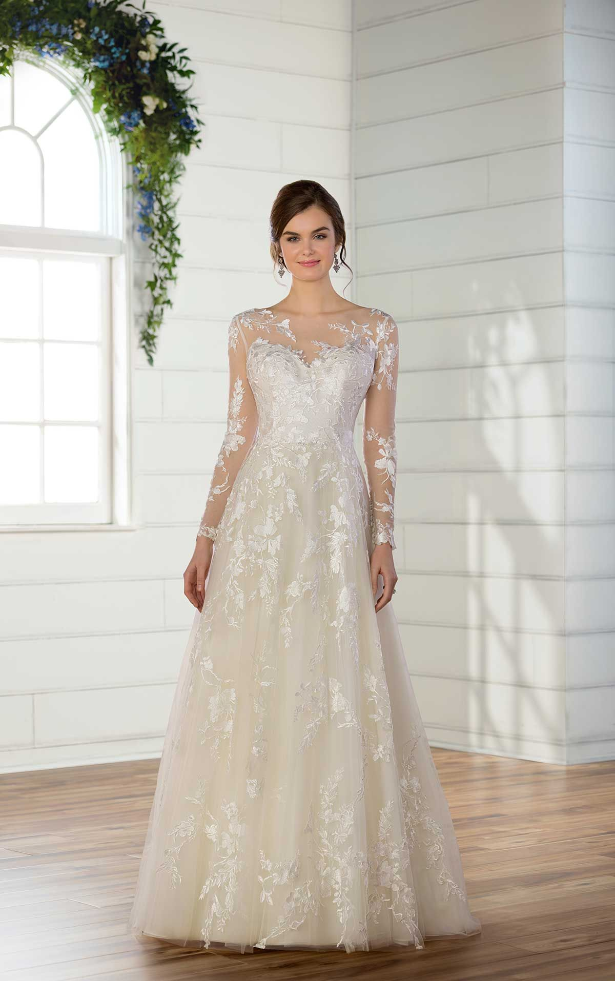 Directional Yet Demure Clothing For The Cool Modern Woman: Mermaid Wedding Dress With Rich Beadwork In 2020
