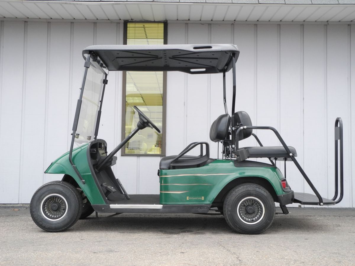 This Inexpensive 1996 E Z Go Electric Txt Campground Special Is Equipped With Brand New Batteries Deluxe Lights With Images Dead Car Battery Battery Maintenance Car Fix