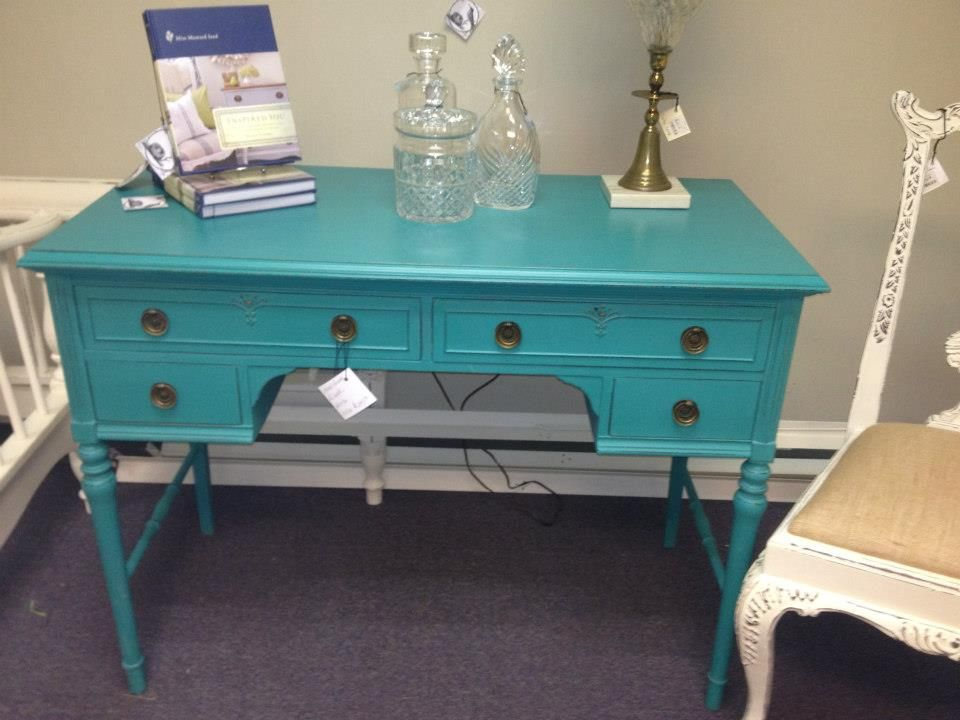 A Lovely Desk Painted In Florence Chalk Paint Decorative By Annie Sloan Lightly