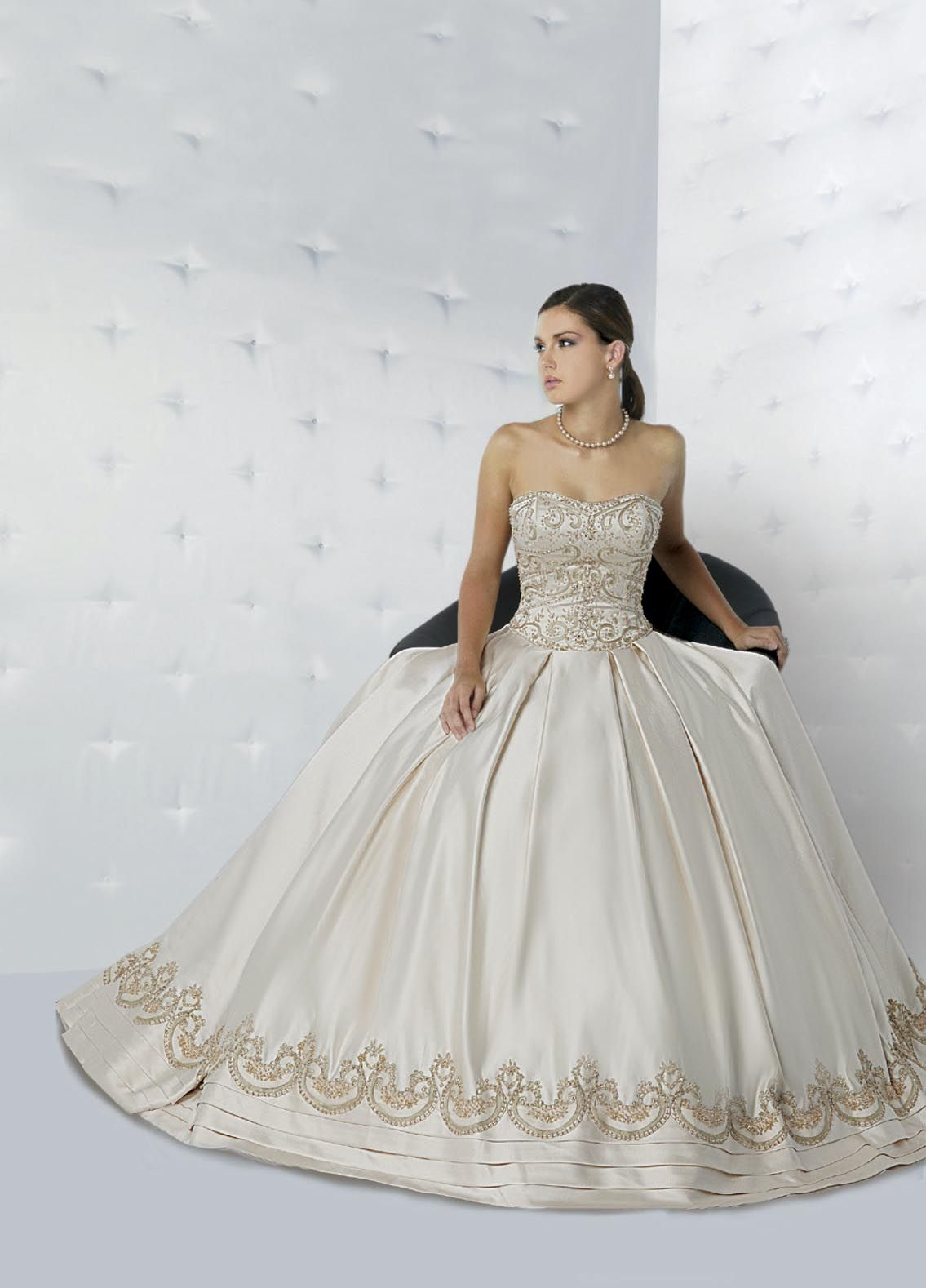 Style F8126 » Wedding Gowns » DaVinci Bridal » Available Colours ...