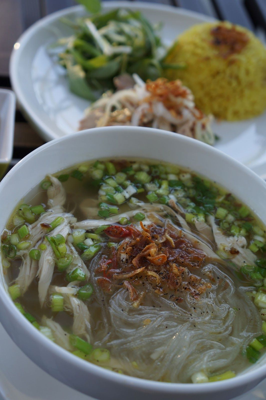 Chicken Glass Noodle Soup Mien Ga And Chicken Rice Glass Noodles Recipe Glass Noodles Asian Recipes