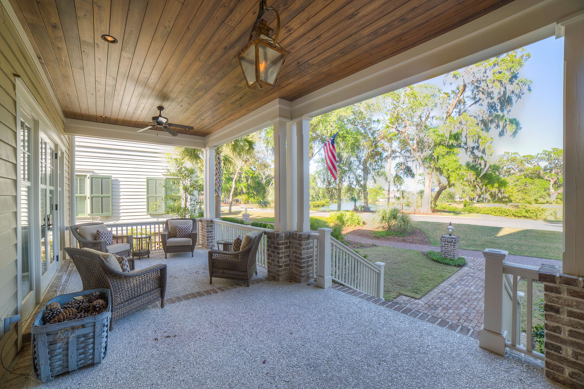 Captivating Spacious Front Porch | Lowcountry Living | Outdoor Seating Inspiration | Southern  Style | Vacation Real