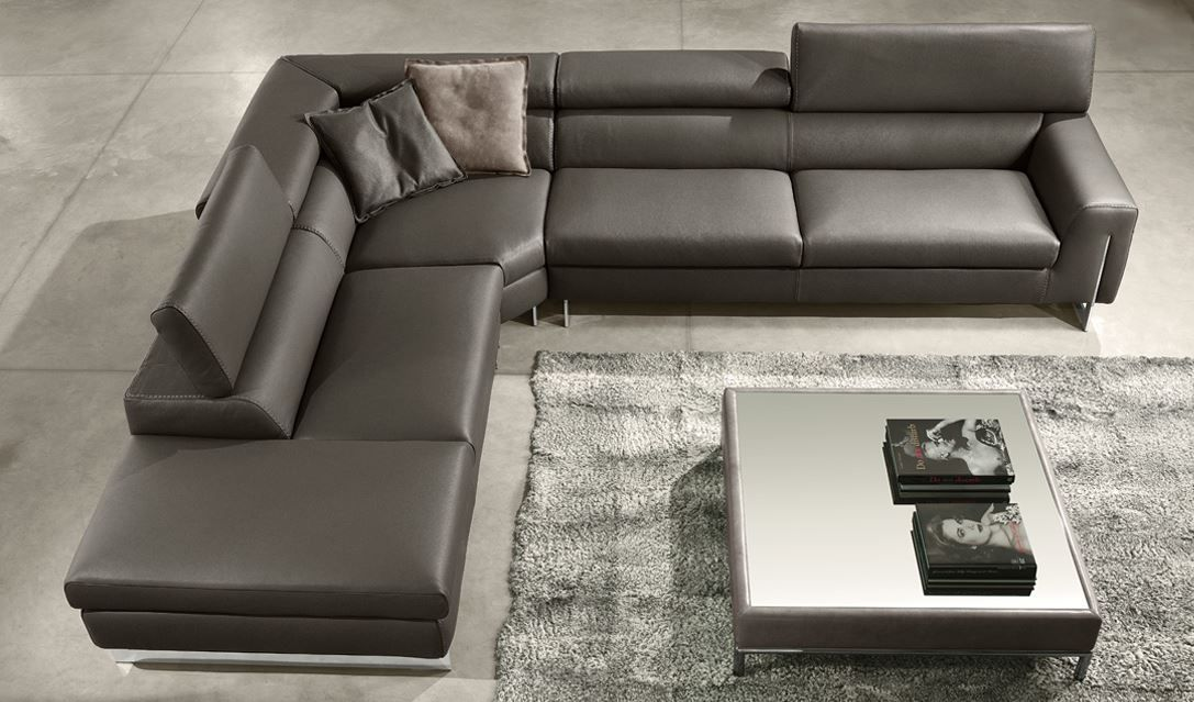 Luca 4 Piece Top Grain Leather Sectional In 2020 Leather Sectional Top Grain Leather Sectional Leather Sectional Sofas
