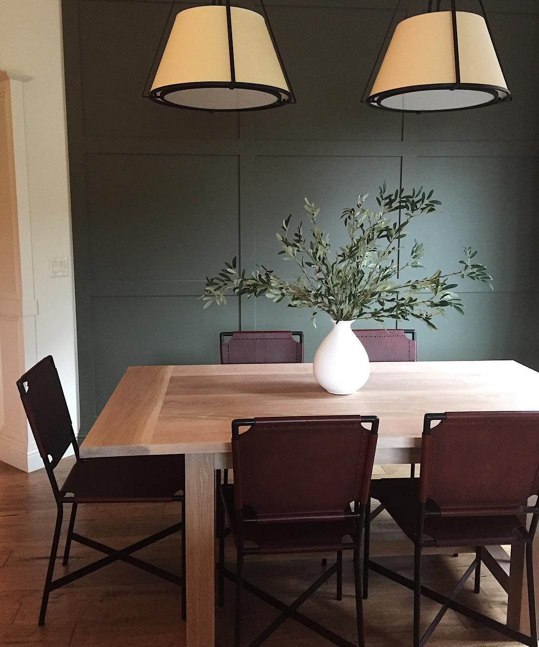 Benjamin Moore Vintage Vogue Living room paint, Bedroom