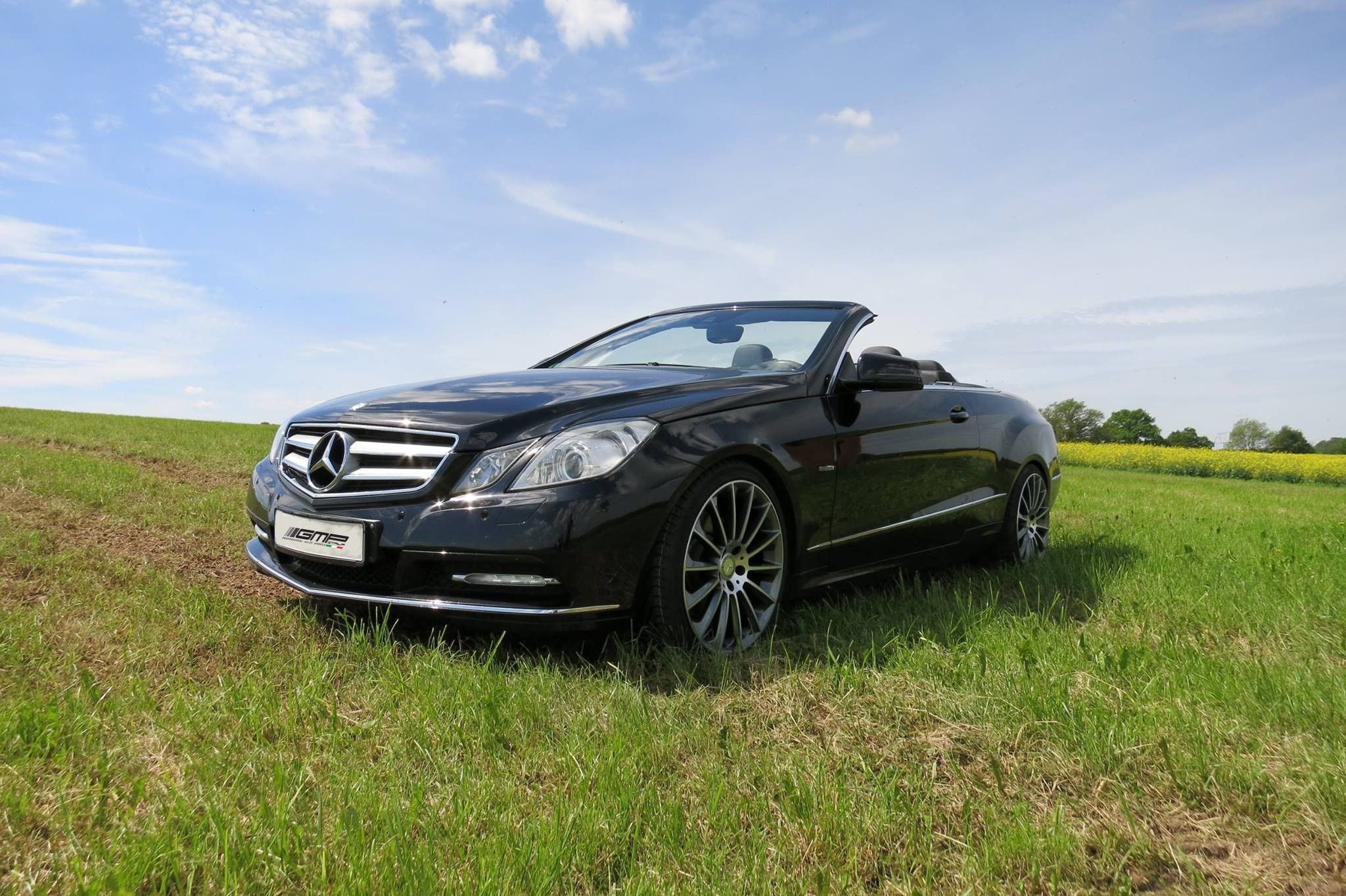 mercedes benz e class cabrio with stellar anthracite diamond professional alloy wheels gmp. Black Bedroom Furniture Sets. Home Design Ideas