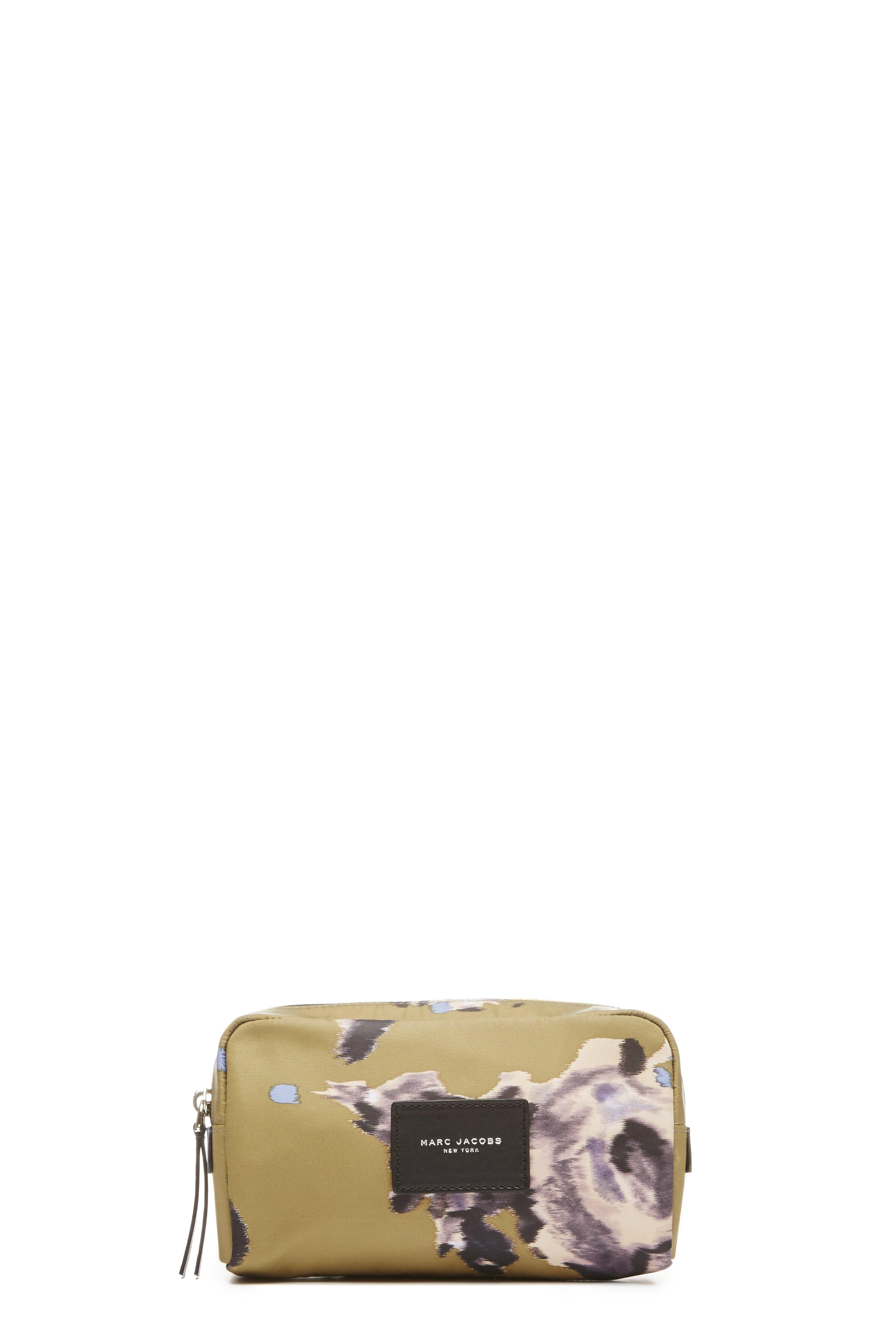 MARC JACOBS B.Y.O.T. Brocade Floral Large Cosmetics Case. #marcjacobs #bags #accessories #cosmetic #