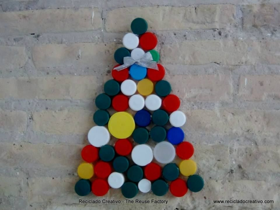 Christmas tree made by recycling bottle caps from …
