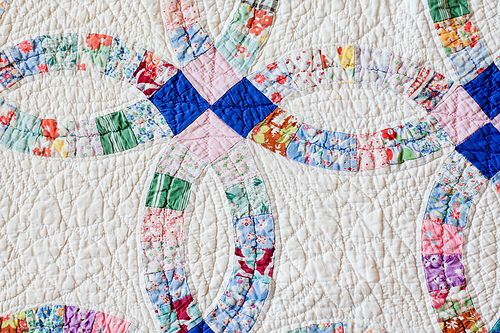 Vintage Double Wedding Ring Quilt Another Of Grandma S Favorites