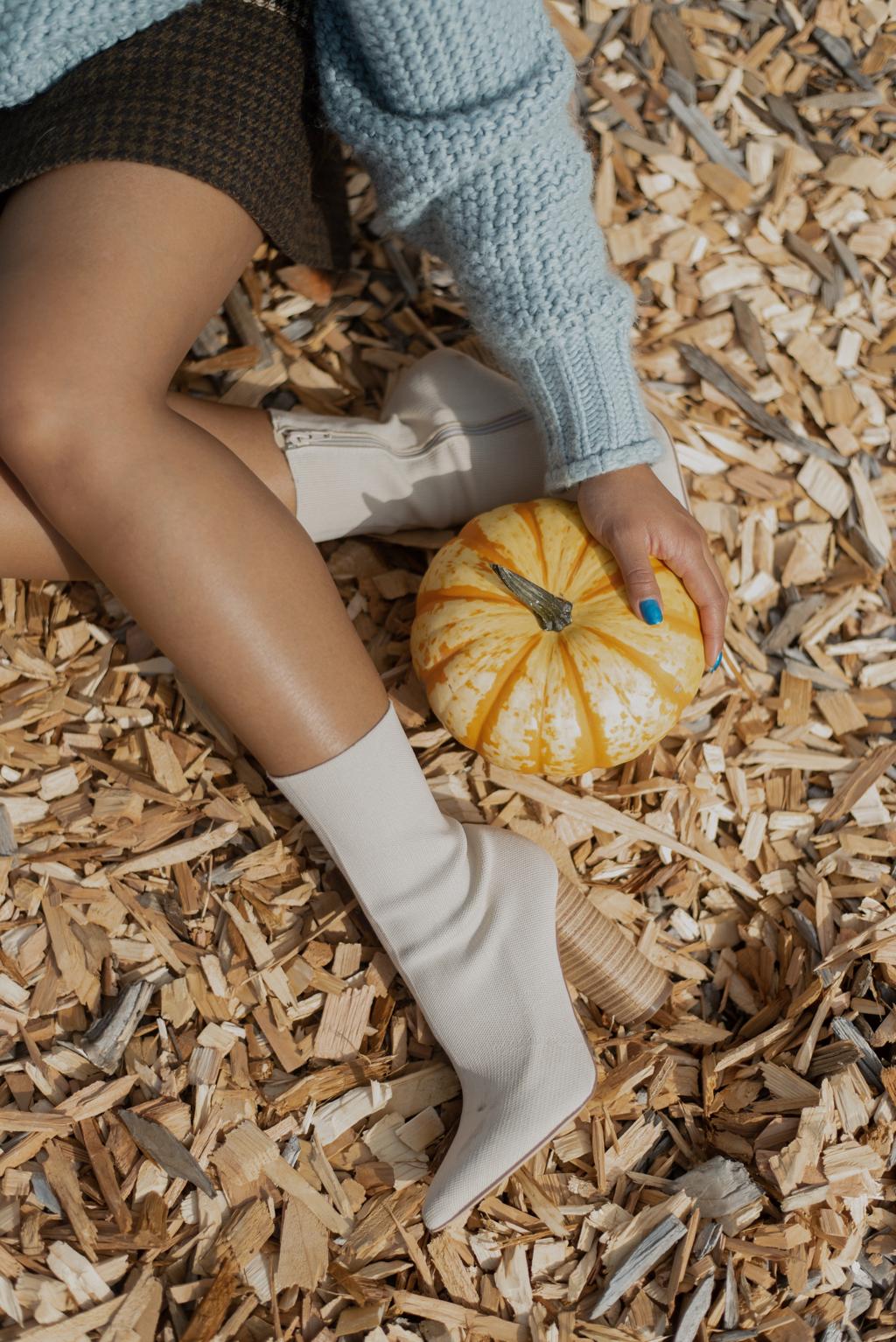 photo diary: pacific northwest pumpkin patch photoshoot - Karya Schanilec Photography