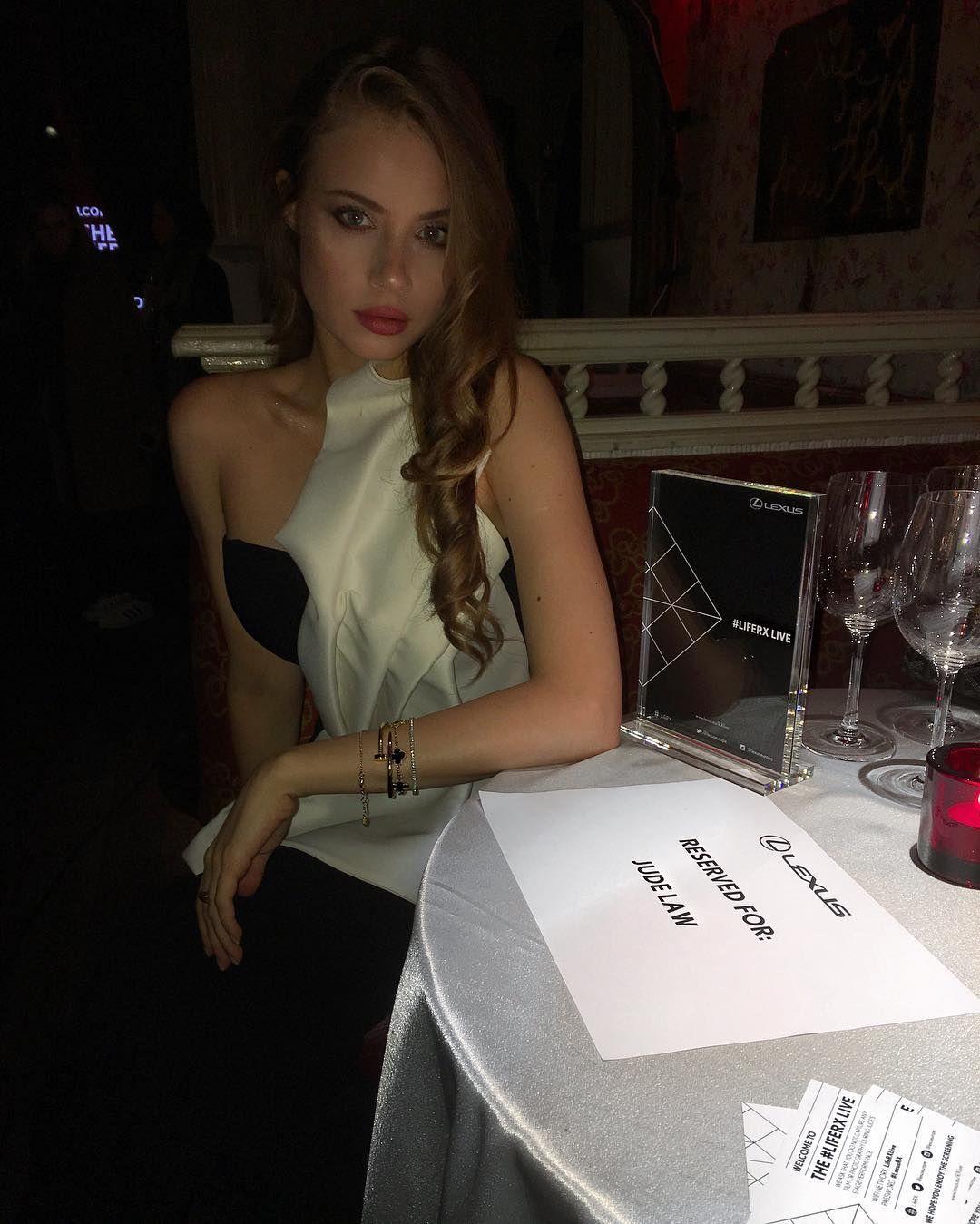 Video Xenia Tchoumitcheva nudes (99 foto and video), Sexy, Paparazzi, Instagram, cleavage 2018