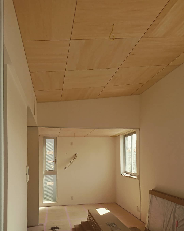 新築賃貸マンションの内装仕上中 内装工事も後少し 良い感じに