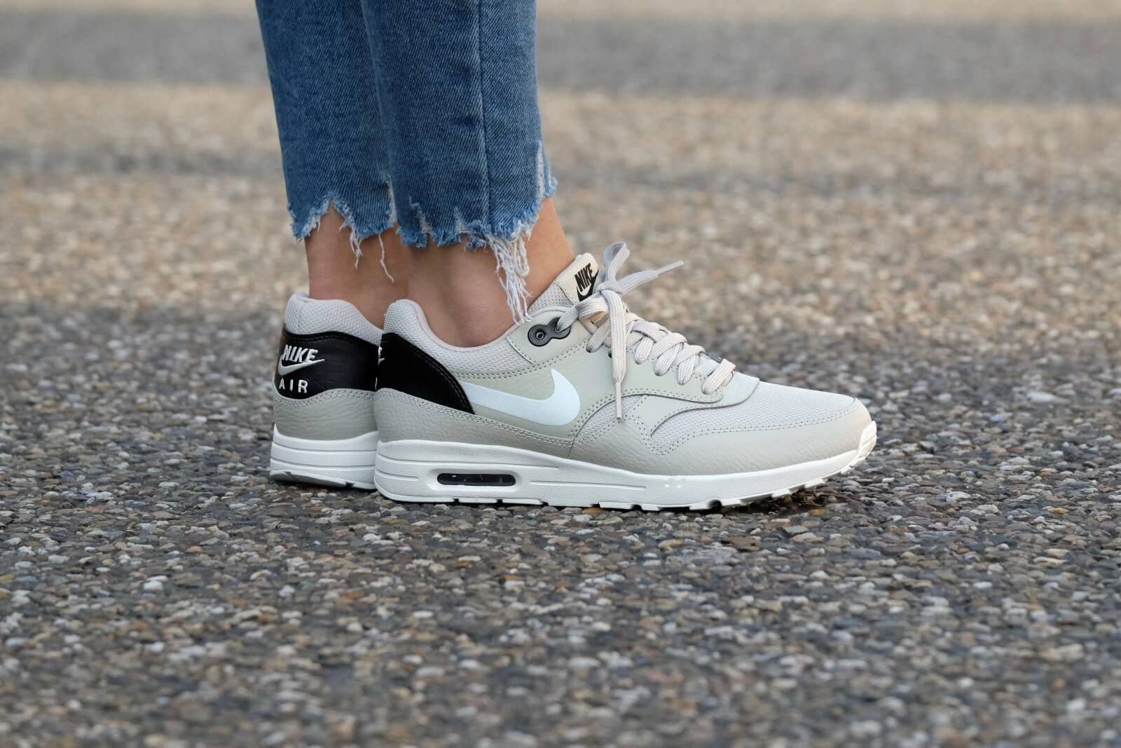 Nike WMNS Air Max 1 Ultra 2.0 - Pale Grey/Summit White-Black -