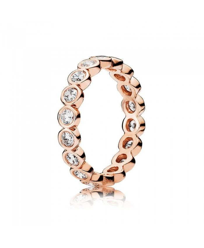 With its timeless and understated aesthetic this romantic ring by