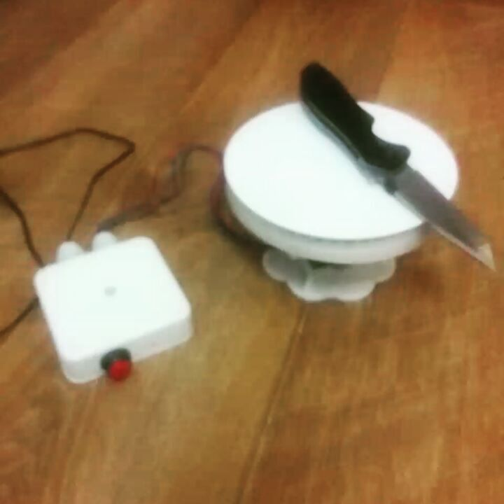Наколбасил прошивку.  Programmed some firmware.  #3dпечать #3dпринтер #3Dプリンター #3dprinting #3dprinter #3dprinted #3dprint #3dp #electronics #diy #arduino #avr #atmel #atmega #tinkercad #madewithtinkercad #kershaw by m0nochr0me
