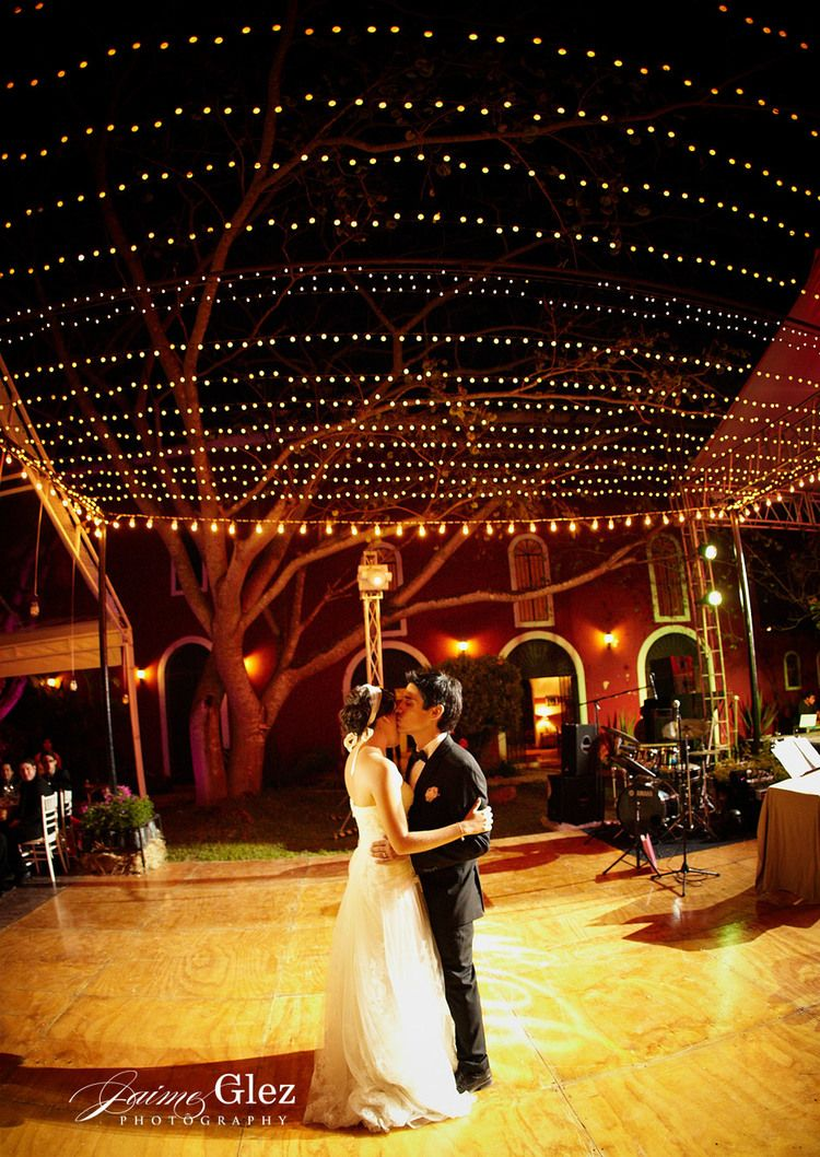 Wedding night decoration ideas  great outdoor idea night weddings magical and romantic first dance
