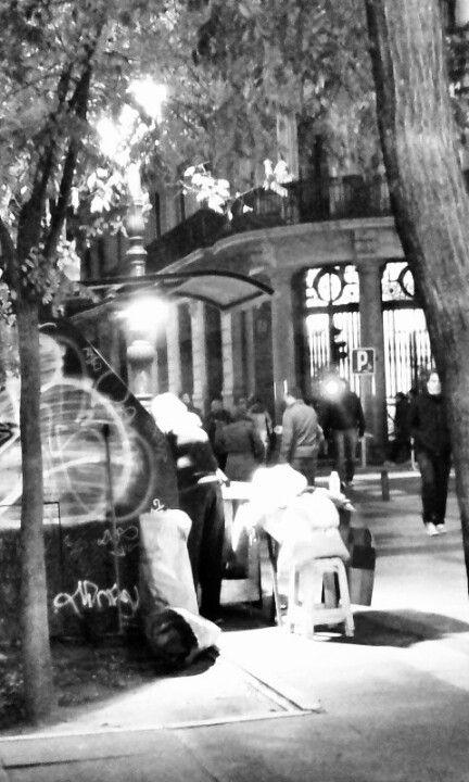 Puesto de castañas. Calle Alcalá. Madrid