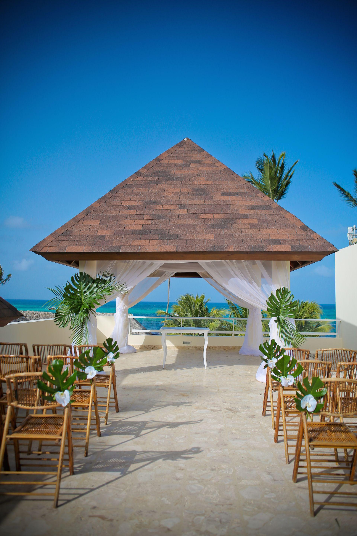 Royal Gazebo At Secrets Royal Beach Punta Cana Punta Cana Beach Punta Cana Wedding Secrets Punta Cana