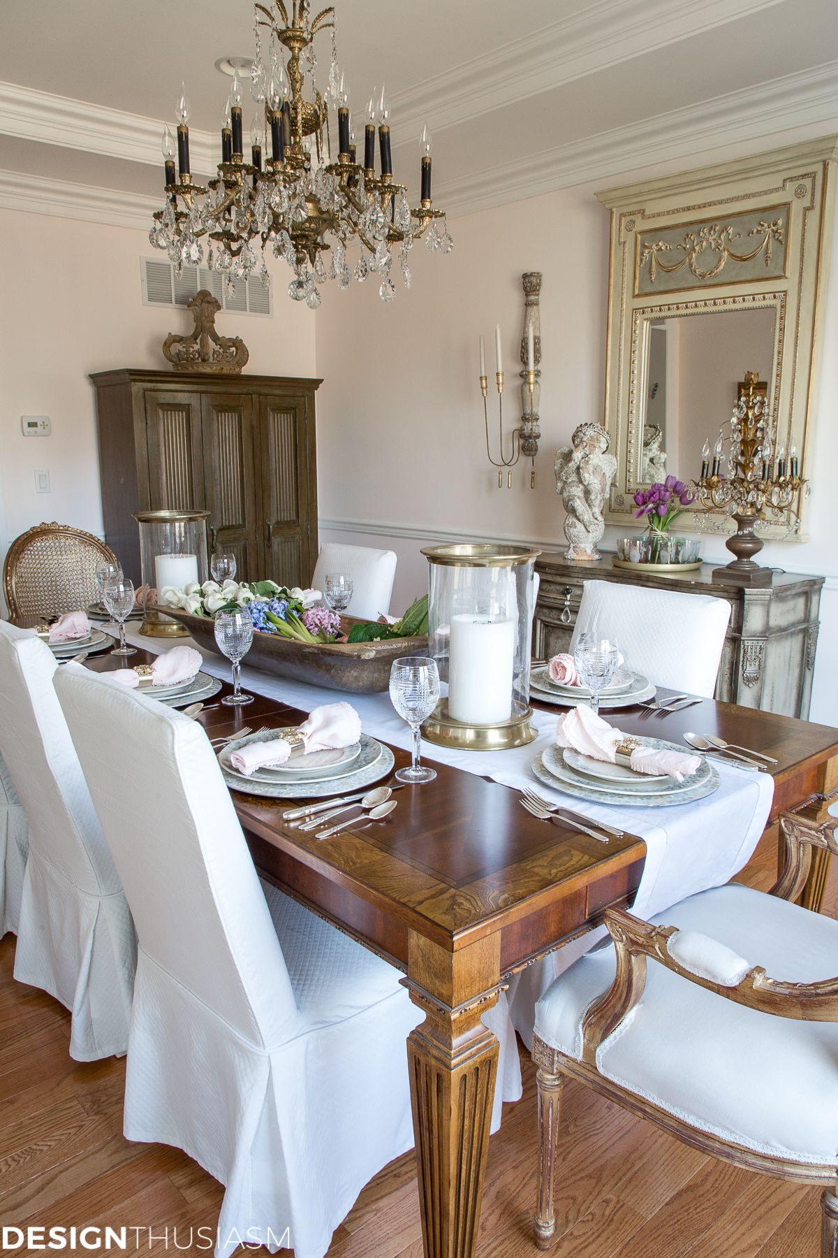 Simple Spring Decorating Ideas For The Dining Room Dining Room Table Centerpieces Dining Room Table Decor Dining Room French