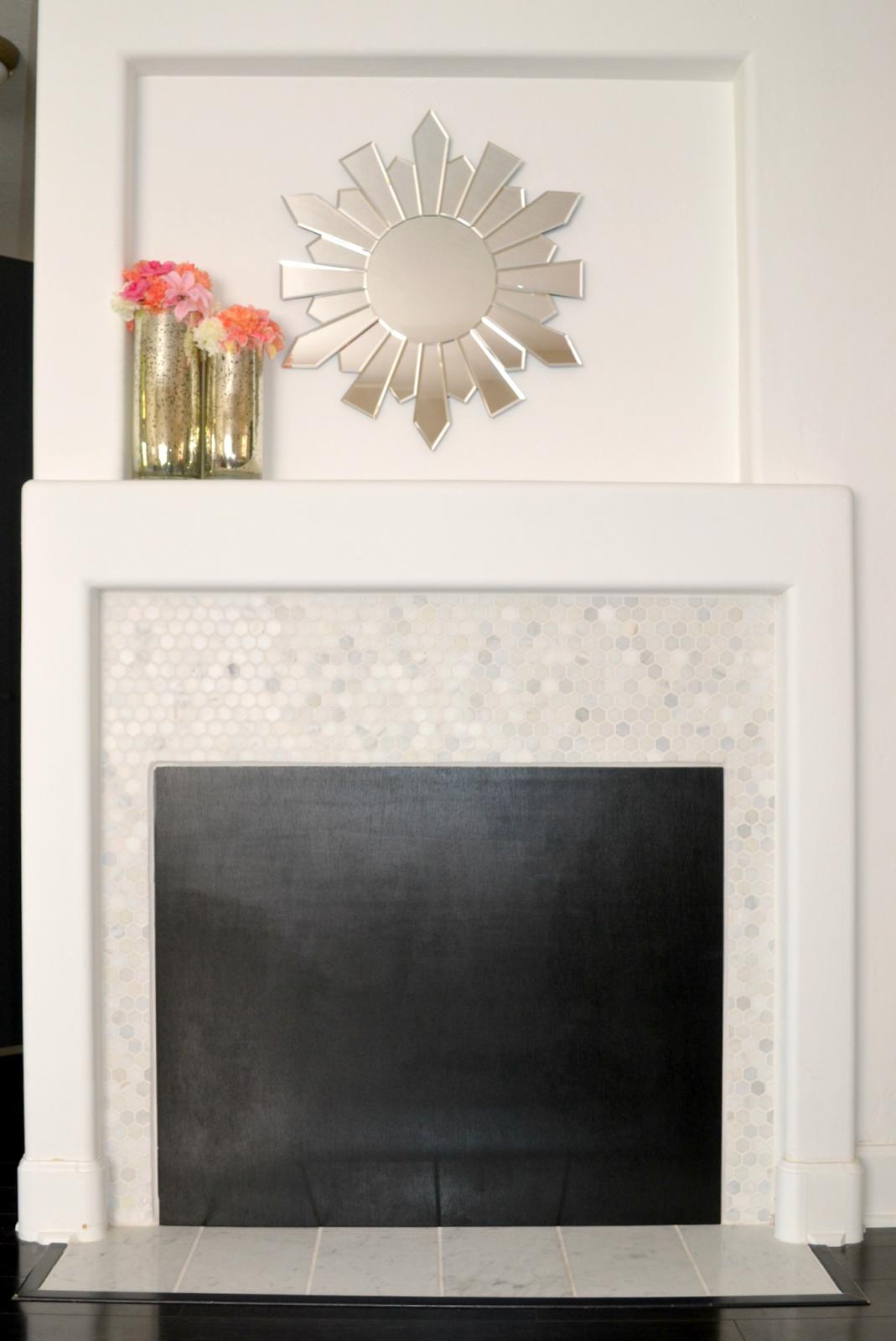 DETTE CAKES: DIY: Chalkboard Fireplace Cover!