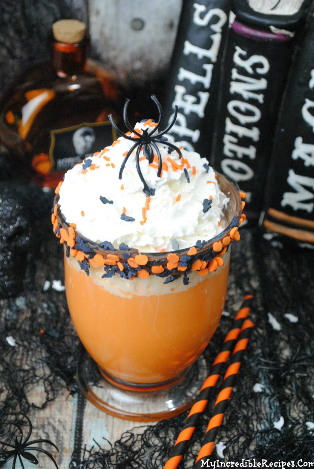 Slow Cooker Halloween Hot Chocolate | Recipe (With images)