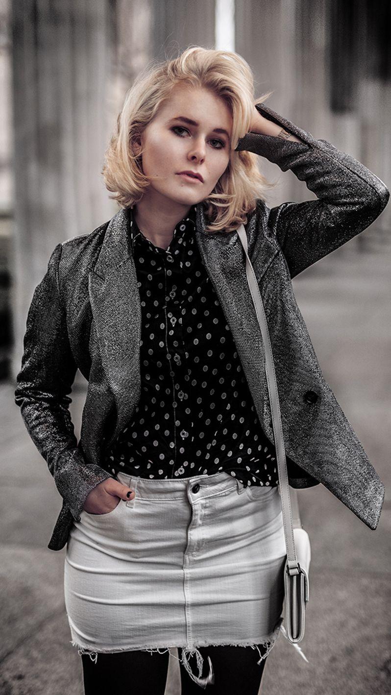 46b93c78957d Outfit Inspiration für Silvester - Cooler Silvester Look für Damen mit  Glitzer Blazer, Mini Rock