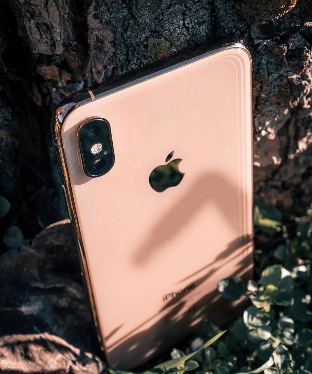 Gold iphone xs max by daniespla iphone gold iphone
