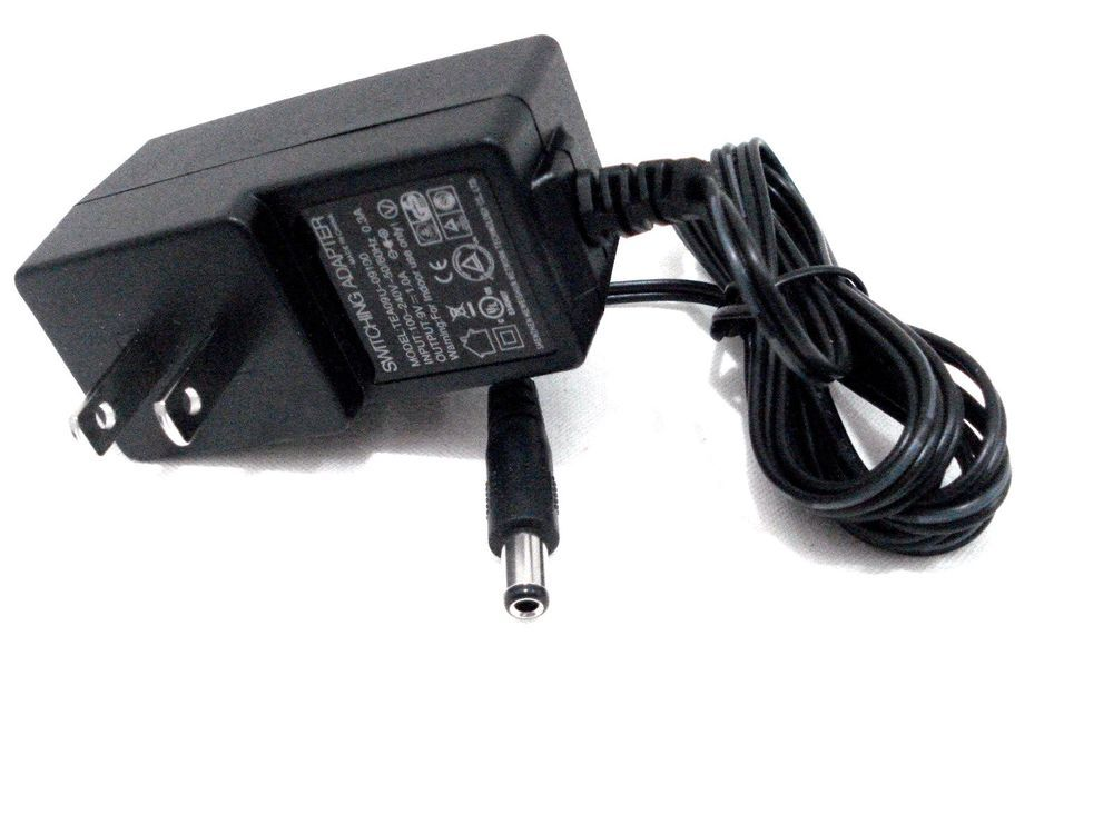 DVE Genuine Linksys Switching Adapter DSA-24PFM-12 FUS 120200 P//N 381.00483.005
