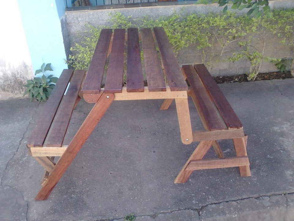 that can perform in both in a bench mode and also in a picnic table mode!  Grab this DIY foldable pallet bench, an innovative and super genius remake  of ...