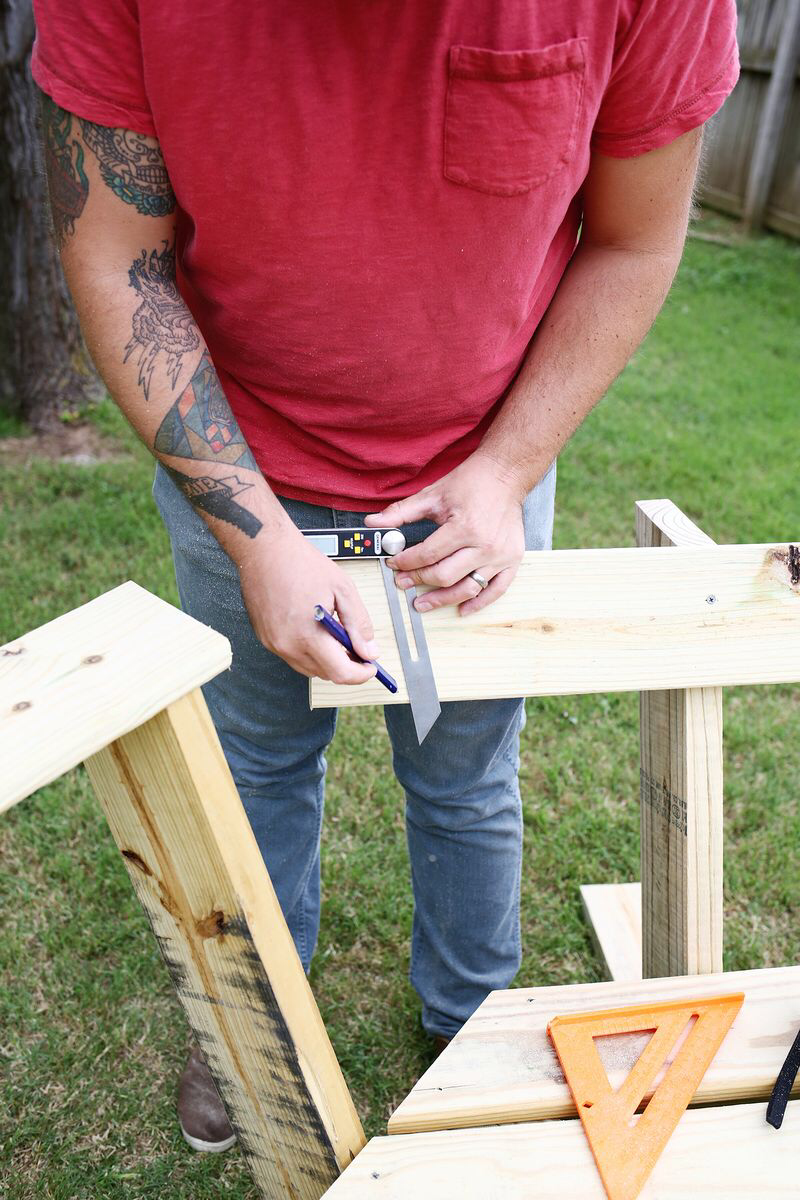 Build Your Own Curved Fire Pit Bench