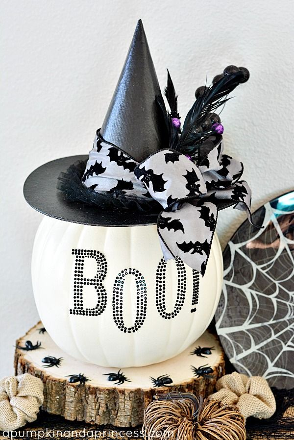 Great Ideas - 26 Pumpkin Decorating Projects | Black white halloween ...