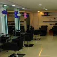 #Naturals salon