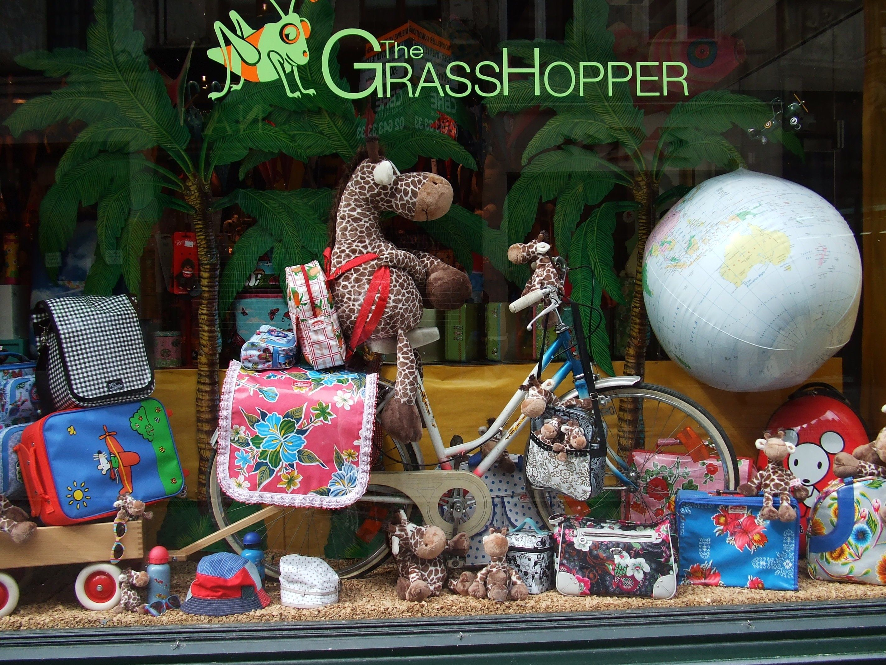 SHOPPING Grasshopper This enormous two storey toy shop has