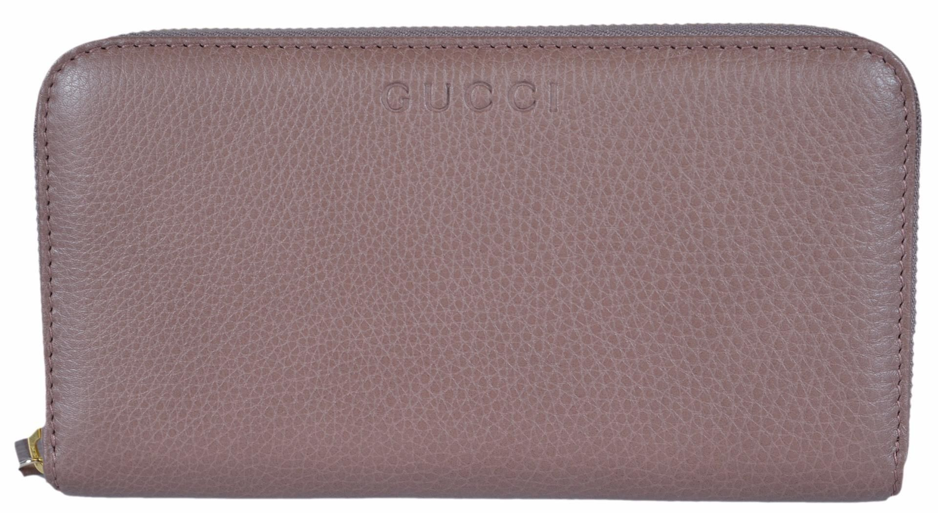 81371ee3b67 New Gucci 363423 Women s Pink Tan Leather Zip Around Wallet Clutch. Free  shipping and guaranteed authenticity on New Gucci 363423 Women s Pink Tan  Leather ...