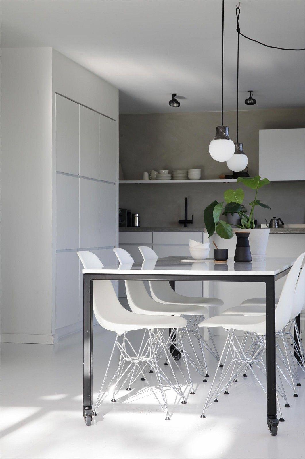Superbloggarens elisabeth heiers modernt minimalistiska hem till