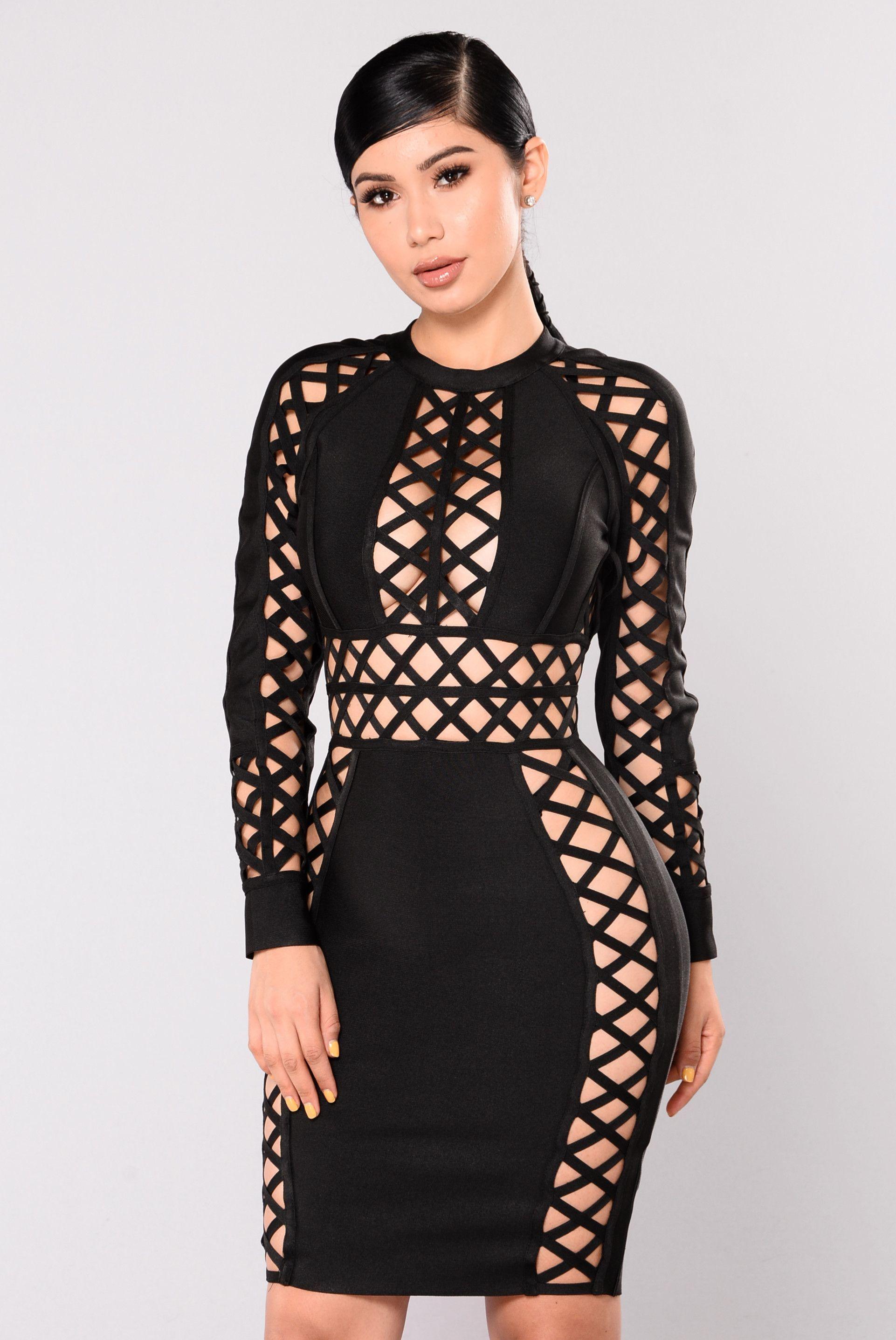 348a652db15 UberChic Dress - Black