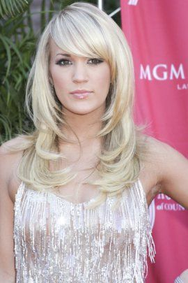 Country Music Artist Carrie Underwood In A Lovely Long Layered