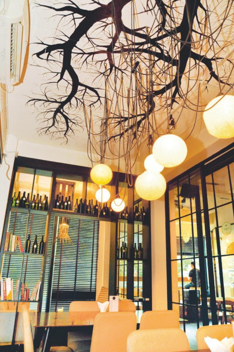 Taman Anggrek New Restaurant
