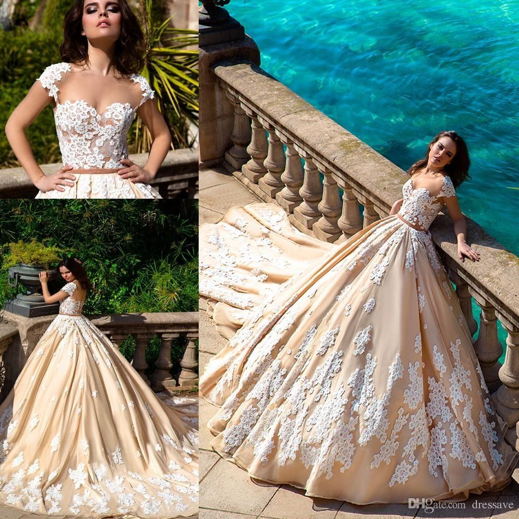 Gorgeous ball gown plus size wedding dress vintage lace gowns