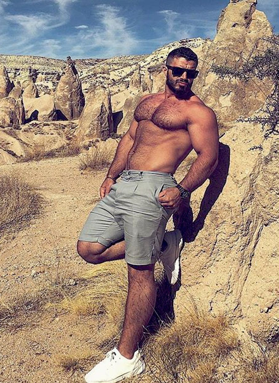 Mutiny On The Bounty  Sexy Arab  Beef In 2019  Scruffy Men, Hairy Men, Sexy Men-4967