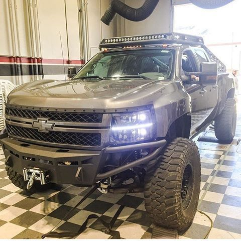 Chevy Duramax Lifted Chevy Chevrolet Silverado Diesel Brothers