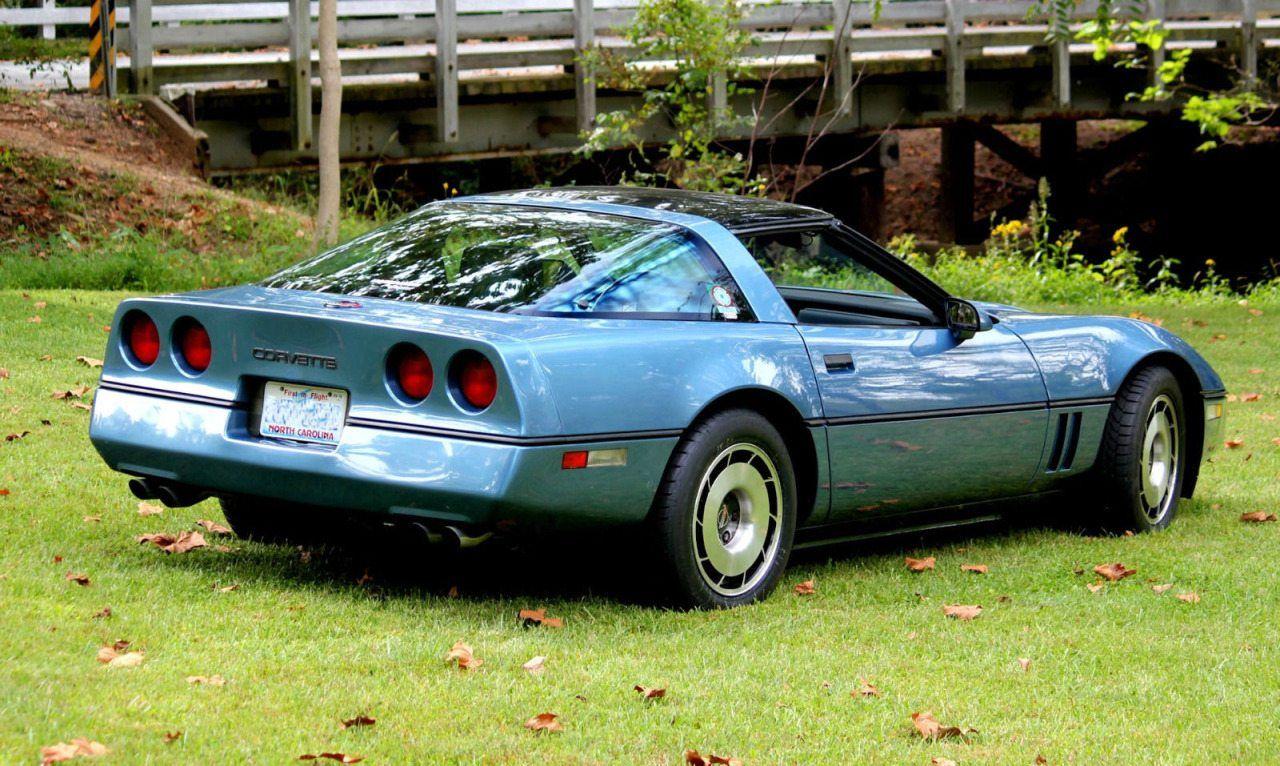 1984 C4 Chevrolet Corvette Specifications Vin Options In 2020 Chevrolet Corvette Chevrolet Corvette C4 Corvette