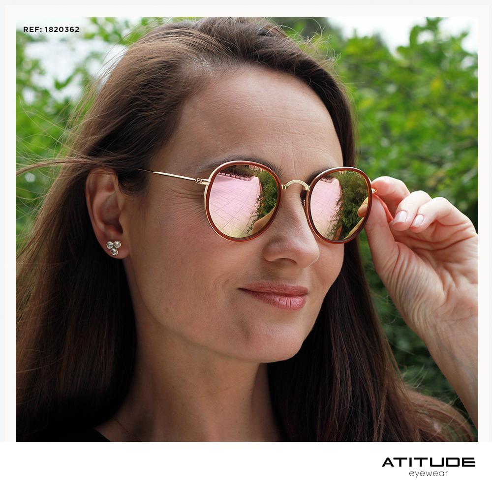 Com inspiração nos anos 80, as lentes espelhadas e coloridas são a febre  dos óculos d4fac507ee