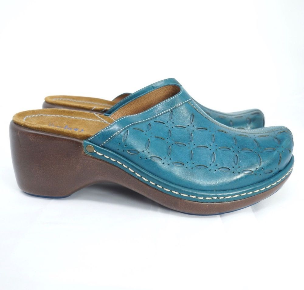 Indigo by Clarks Clogs Backless Blue Leather Women US 9 #IndigobyClarks  #Clogs