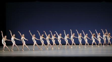 corps de ballet in Symphony in 3 movements