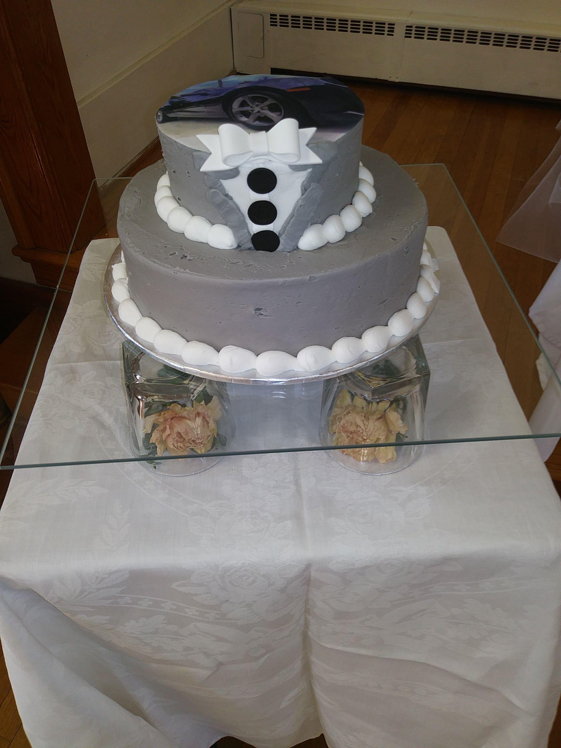 Beautiful cake on clear flat glass cake plates cake