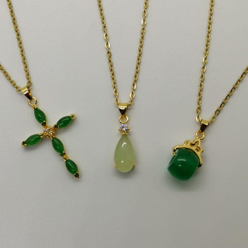 18 inch Yellow Jade Pendant Necklace