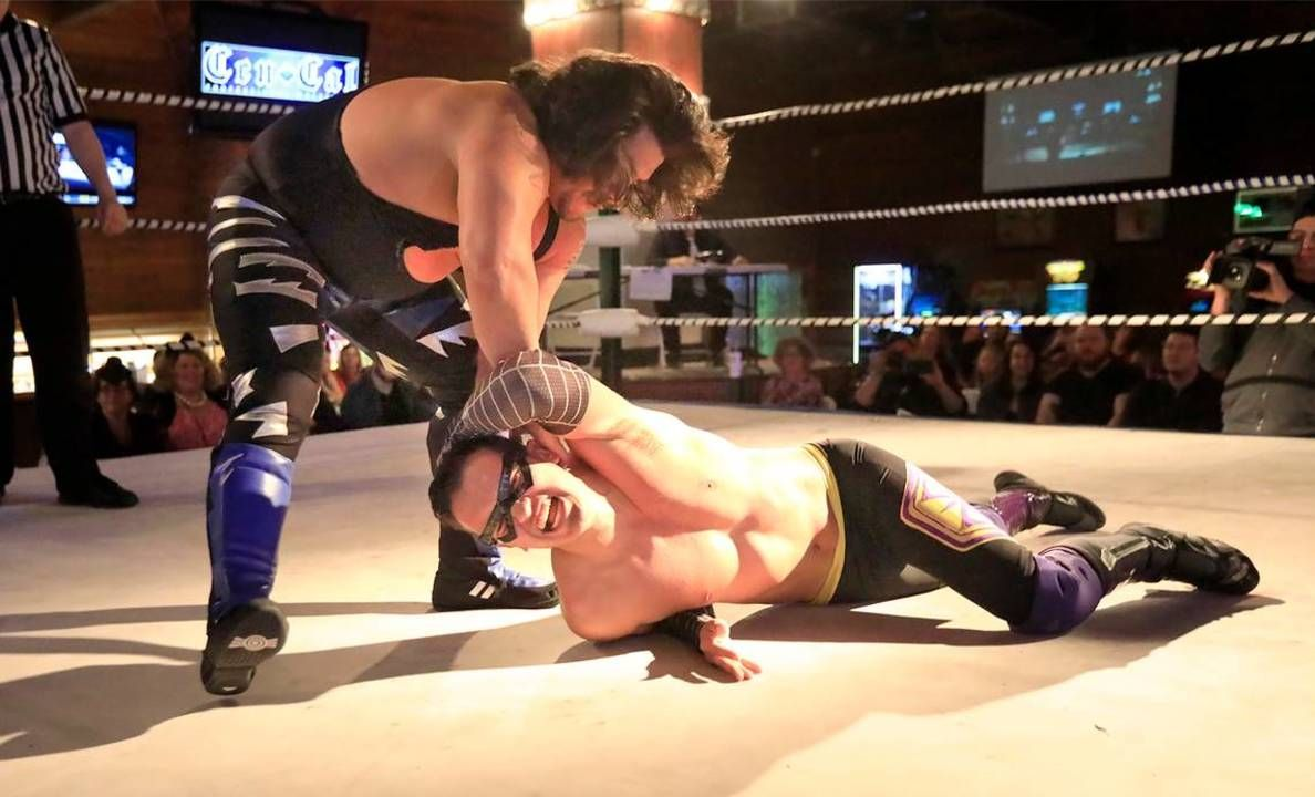 Next Generation Of Pro Wrestlers Can Learn To Perform A Bodyslam At New Slo County School Pro Wrestler Wrestler Performance