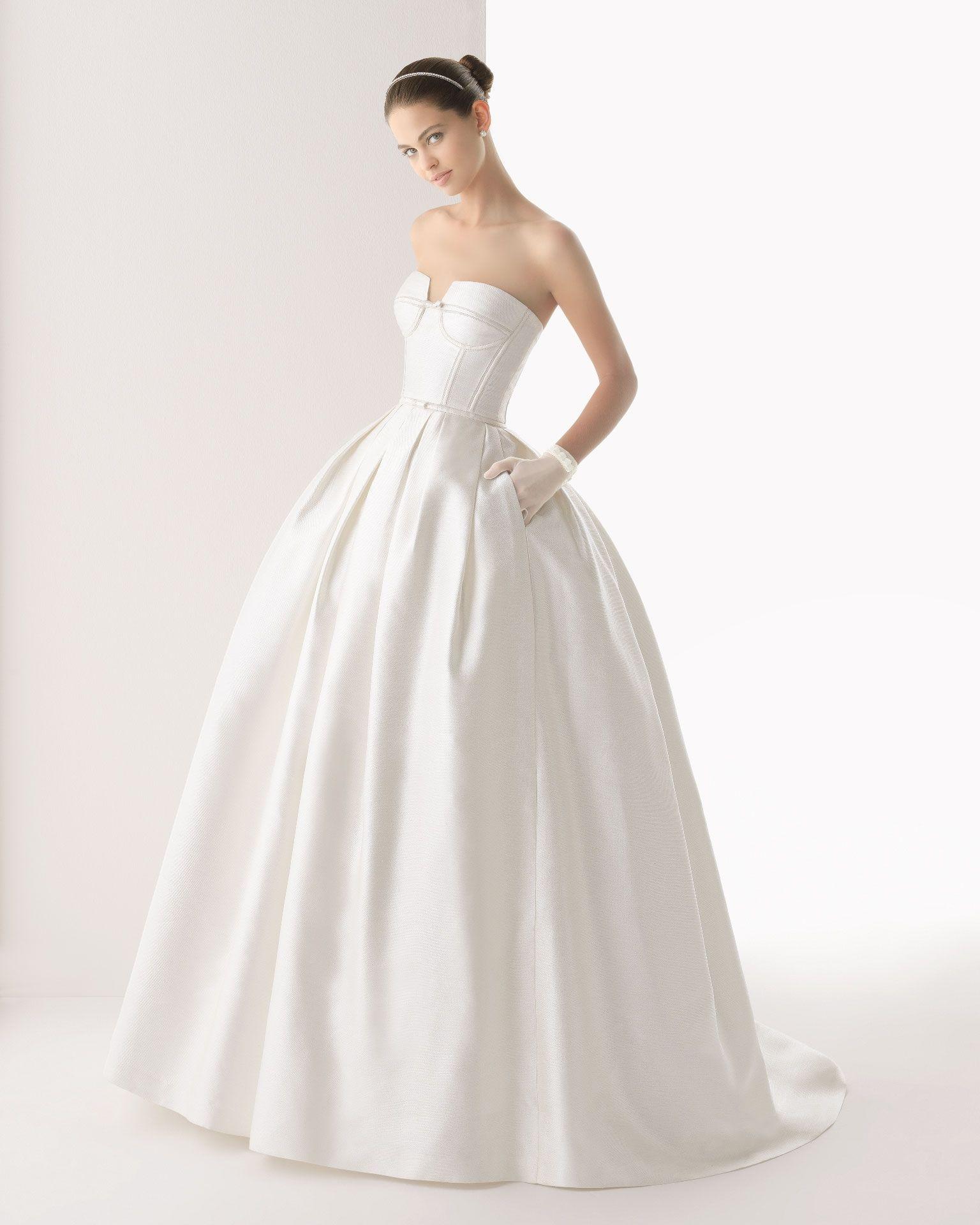 172 Colombia (Vestido de Novia). Diseñador: Rosa Clará . ... | My ...