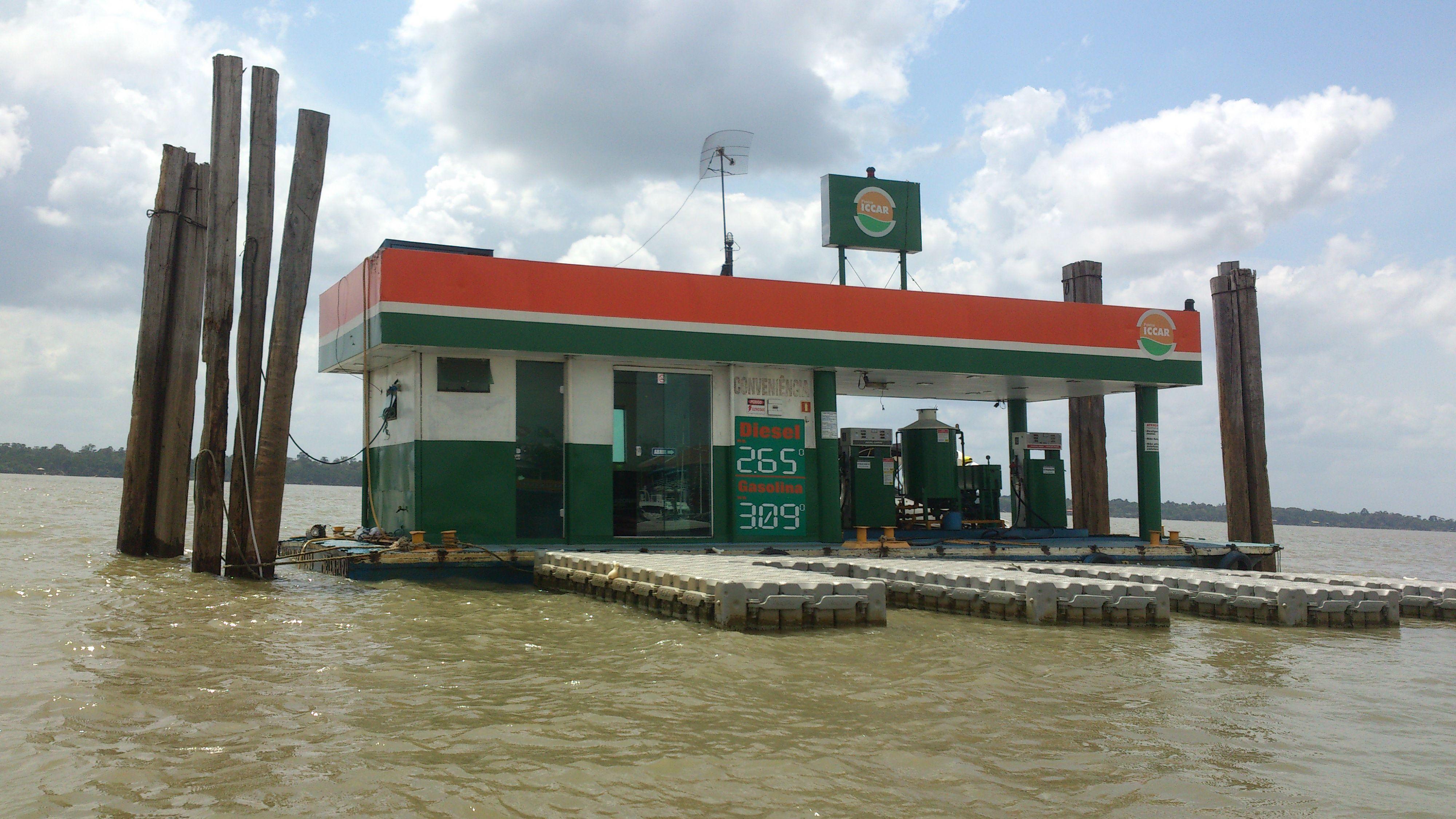 Posto de Combustível no rio
